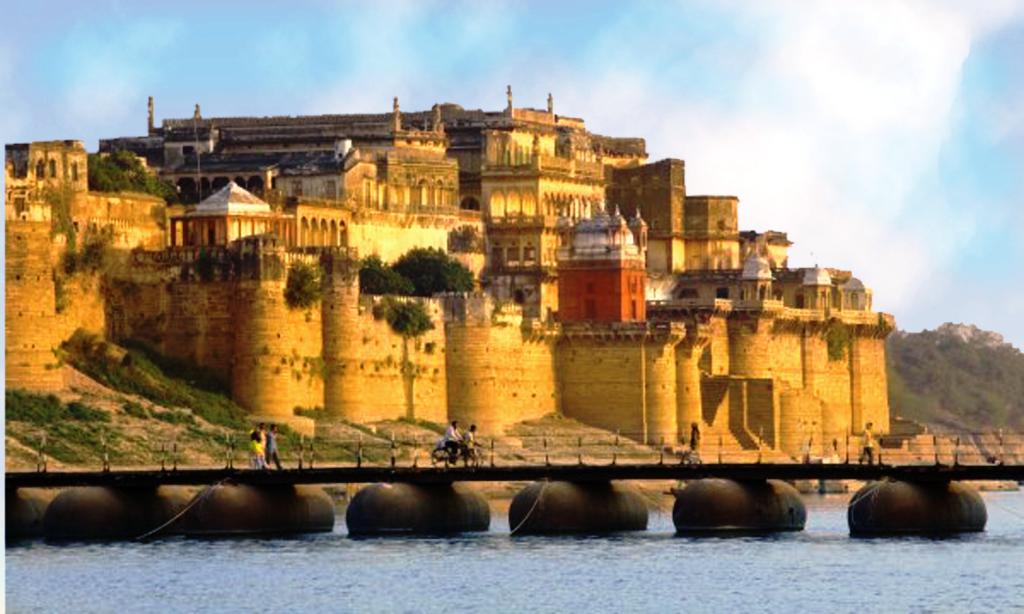 What is the Story Behind Ramnagar Fort? | Ramada Varanasi